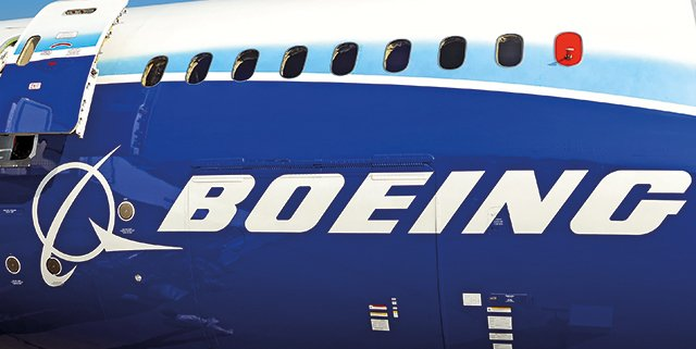 Test rifornimento aereo con Boeing