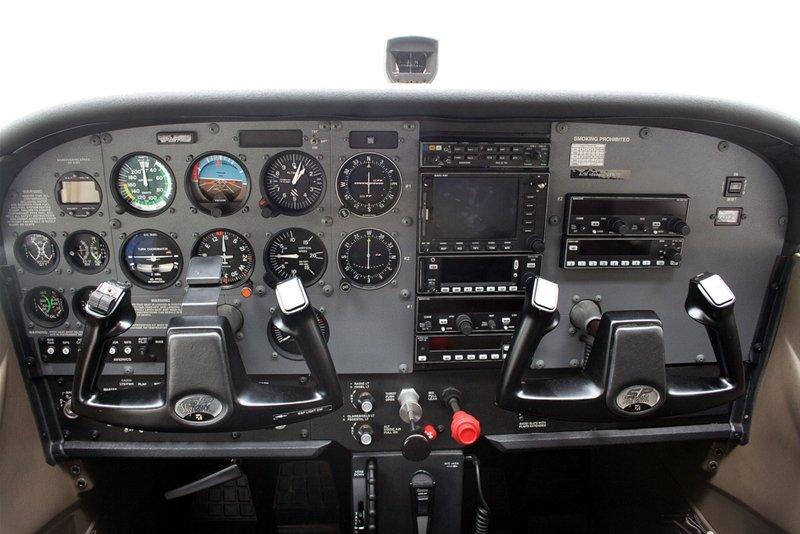 CESSNA 172 SP I-ACVL - Aeroclub Varese - Italy