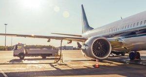 Rifornimento carburante aero: quanto per volare